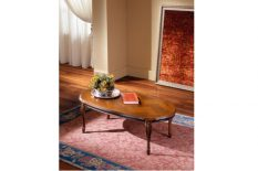OVAL LIVING ROOM TABLES