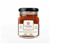 Sun-dried tomato pesto with extra virgin olive oil